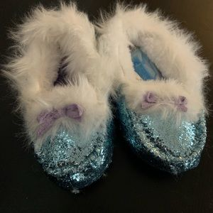 Frozen 2 Slippers 9/10